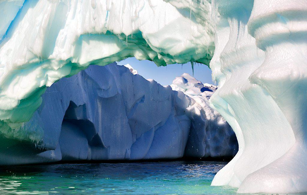 Antarctic Peninsula, Chierva Cove
